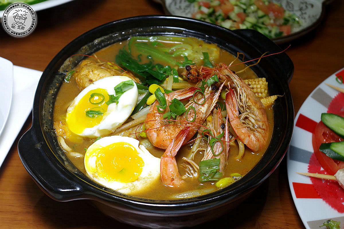 11印尼海鮮麵.jpg