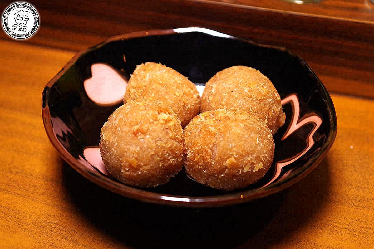 12香酥芋頭丸1.JPG