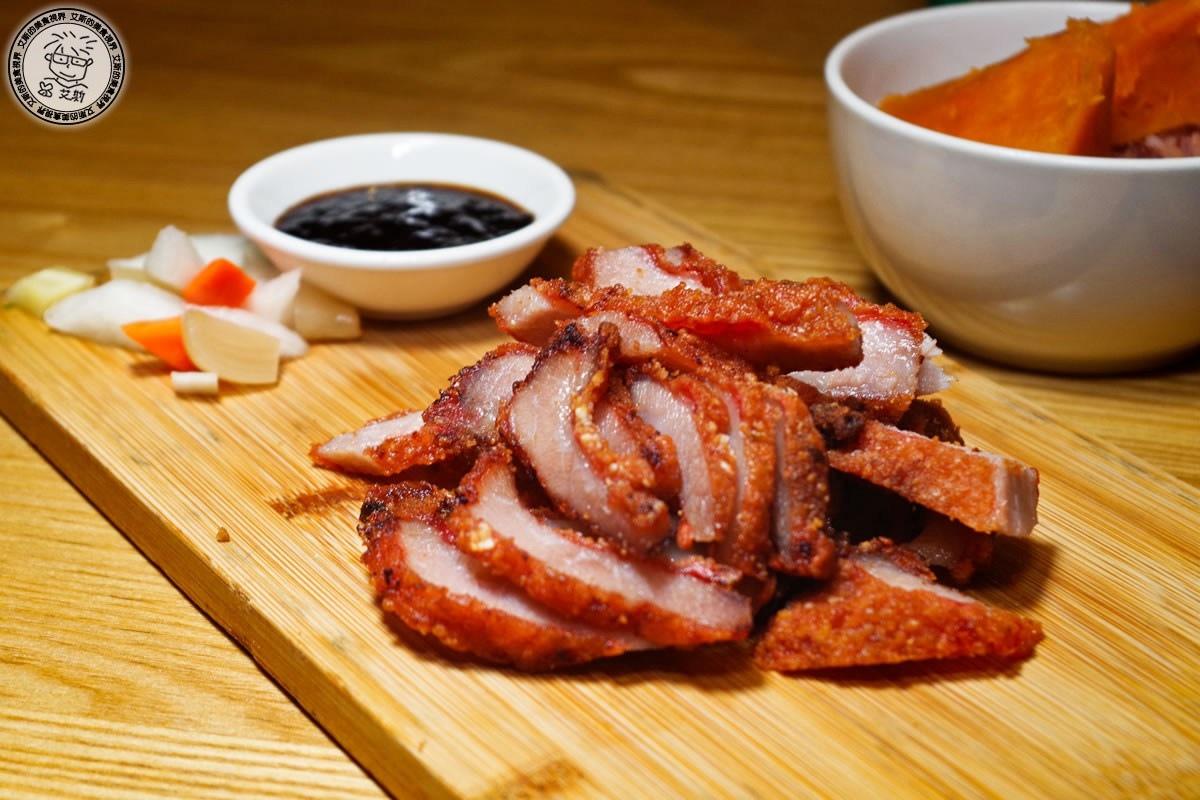7紅麴松坂肉1.jpg