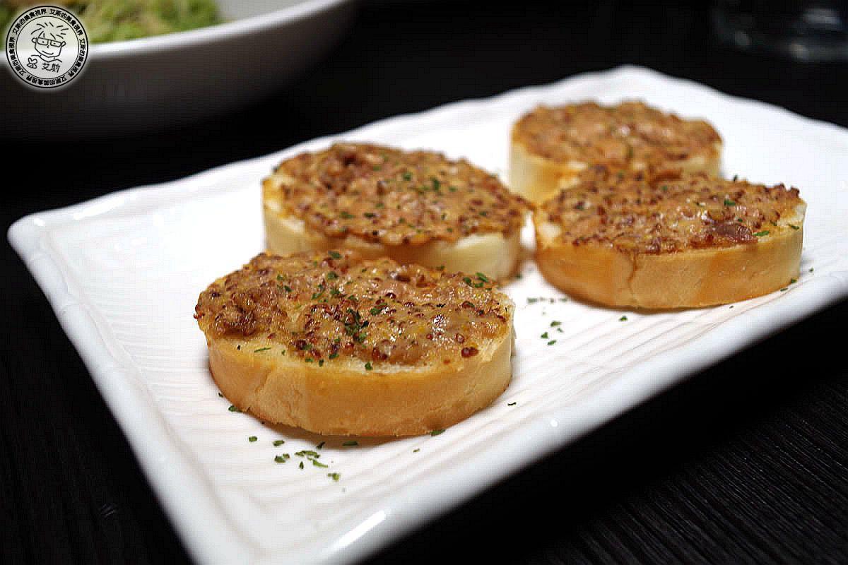 2小點3-法棍麵包佐鮪魚醬1.jpg