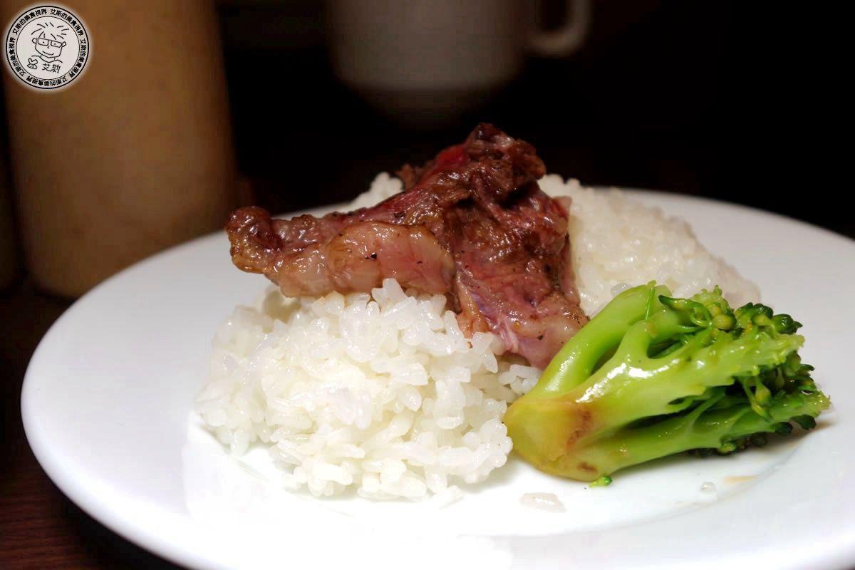 2F1日本國產沙朗牛排7.jpg