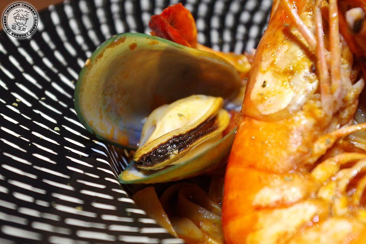 5蝦味先香茅義大利寬麵3.jpg