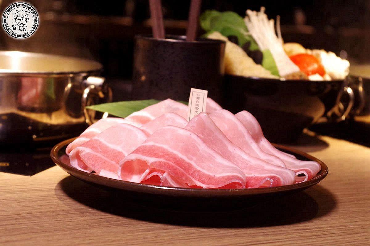 5酸菜白肉鍋2-白肉1.jpg
