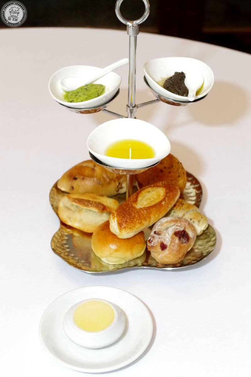 2麵包1.jpg