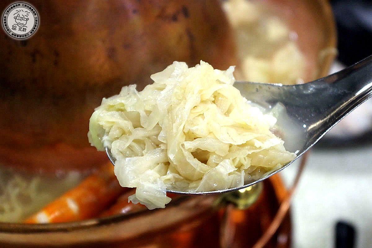 2酸菜白肉鍋8.jpg