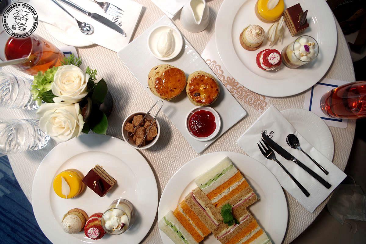 【下午茶.母親節】母親節送給媽媽最棒的禮物就是帶媽媽做屬於自己的禮物.還有豐盛雙人英式下午茶套餐.逸廊x台北新板希爾頓酒店