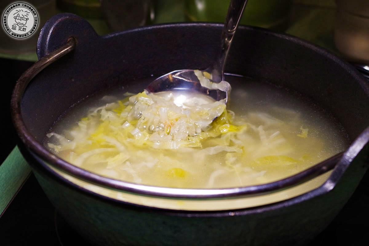 3湯頭1-酸白菜鍋2