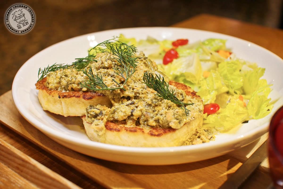 2奶油菠菜燻鮭魚法式吐司1