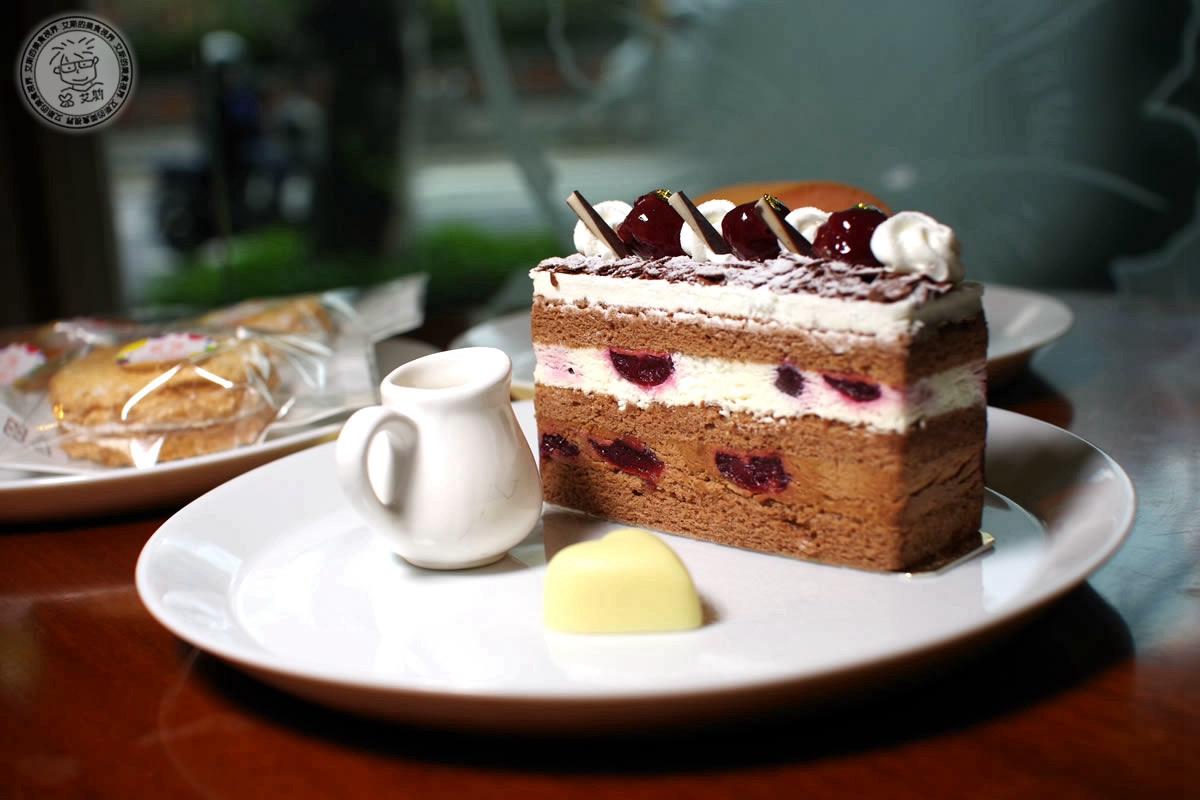7黑森林蛋糕1
