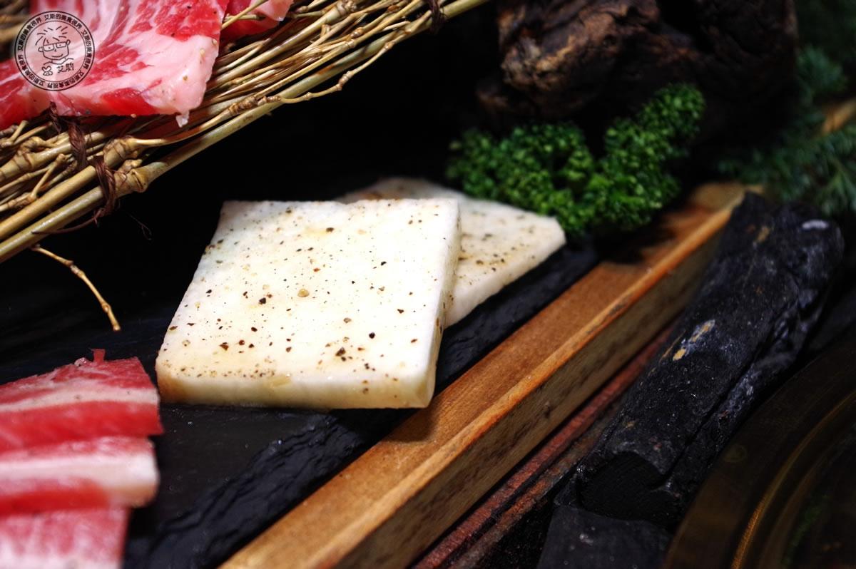 8牛肉盛合-山藥