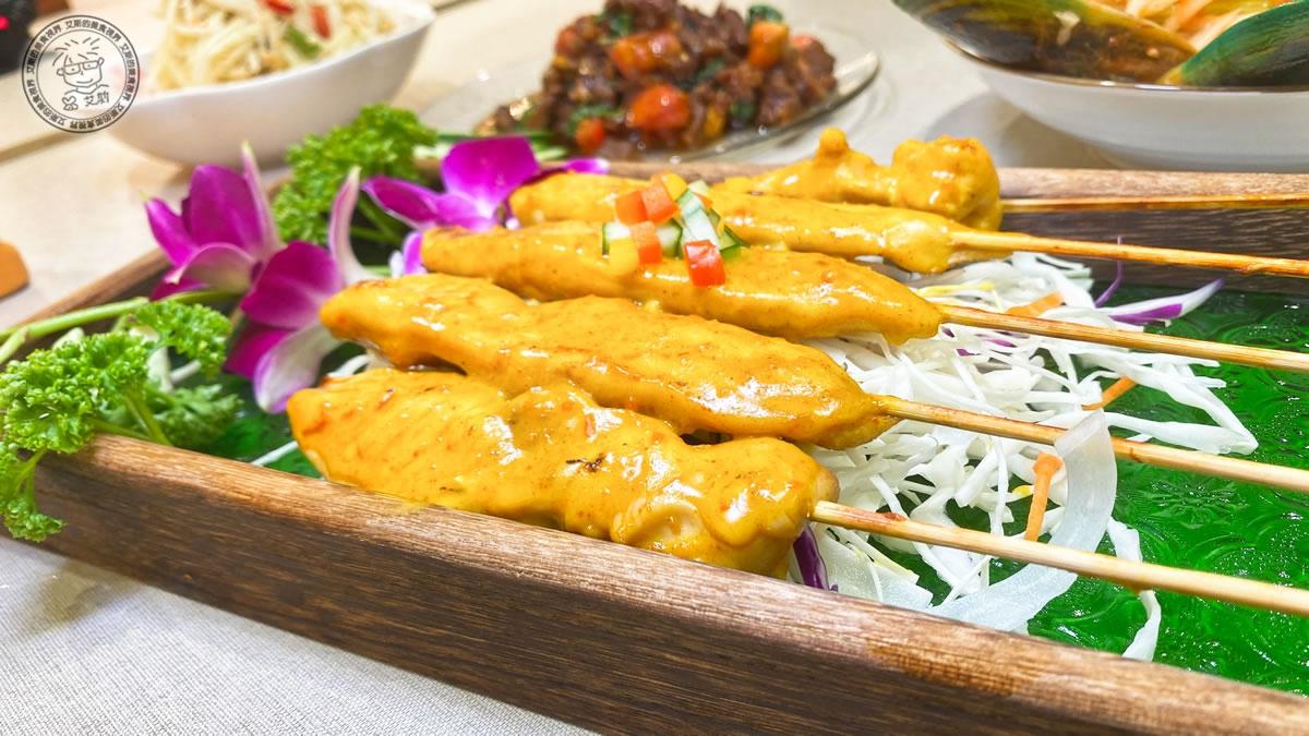 8現烤沙嗲雞肉串